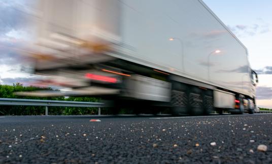 vrachtauto snelweg spanje