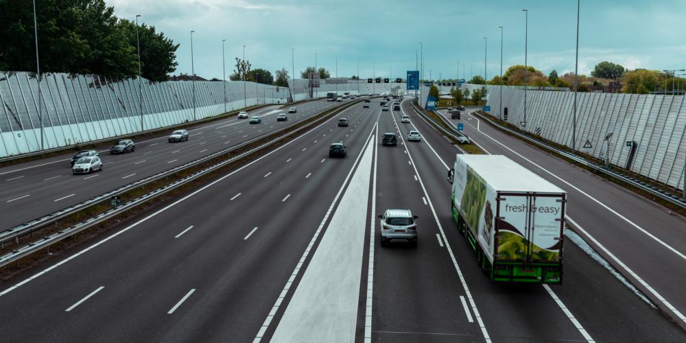 Ring A10 snelweg vrachtauto