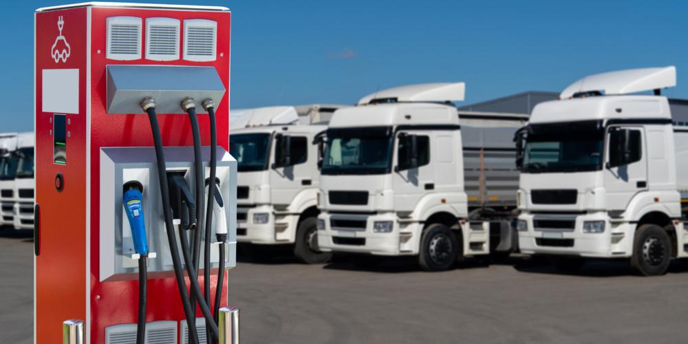 Elektrische truck – Elektrisch – zero-emissie – groen – duurzaam – laden – laadpaal
