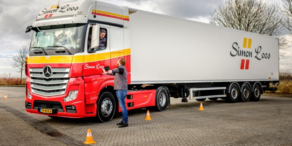 PTN – Simon Loos – Truck – Rijles – veiligheid