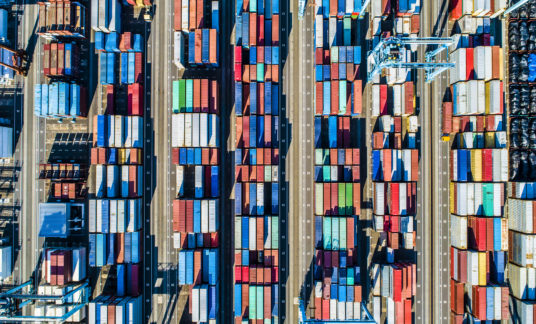 Viewpoint from the sky where containers are arranged.